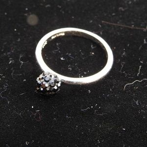 Jewelry - Silver Ring With Black Cluster Accents Size 8
